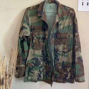 Authentic U.S Army camouflage jacket size small